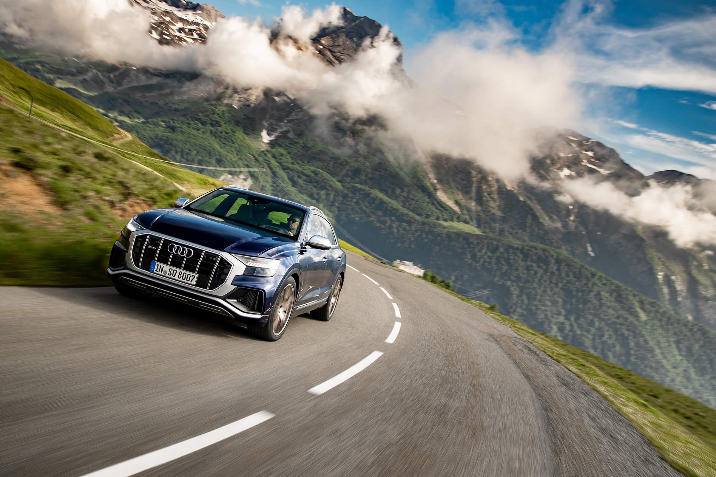 Audi SQ8 - Σε κίνηση, εμπρός όψη