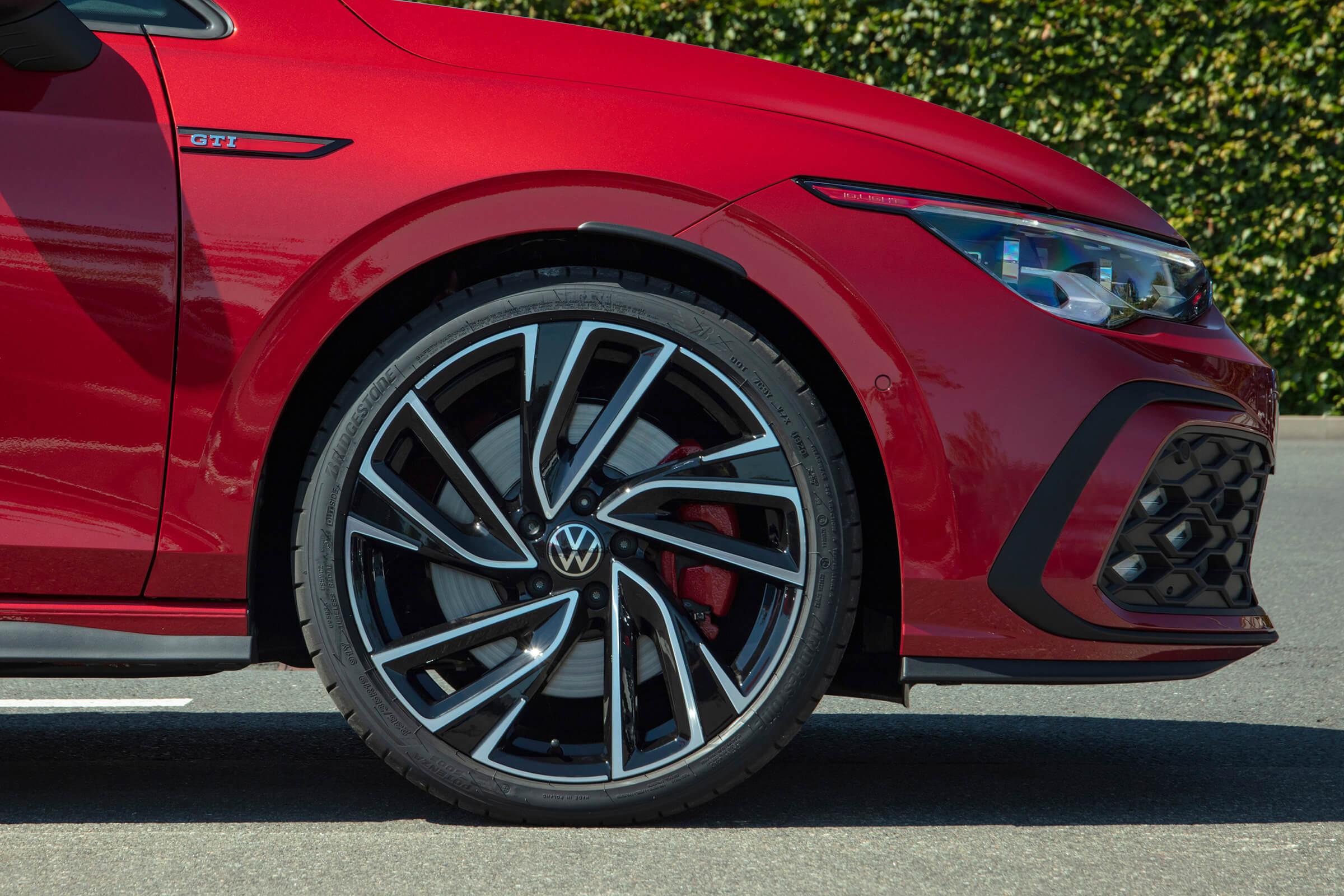 Νέο Volkswagen Golf GTI - Πλαϊνή όψη